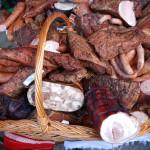 Produse din carne afumată specifice zonei Panaci