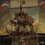 Candelabru din coarne de cerb (Biserica din Drăgoiasa)